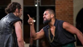 Iago (Haakon Smestad), Othello (Te Kohe Tuhaka)