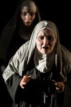 Sister Gabrielle (Beatrice Lawrence), Sister Jeanne (Georgia Bradley)