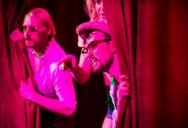 Gunther (Charlie Sturgeon), Sancho (Tom Bulpett), Lucetta (Vitoria Zdovc)