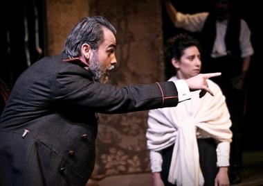 Chebutykin (Ioan Gwyn), Irina (Cassandra Gonzalez)