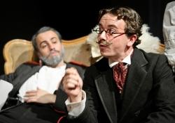 Chebutykin (Ioan Gwyn), Kulygin (Cameron Harle)